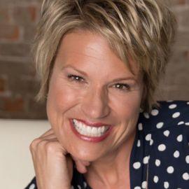 Kim Strobel Headshot