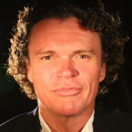 Gary Guller Headshot