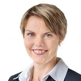 Nicole Röttmer Headshot