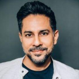 Vishen Lakhiani Headshot