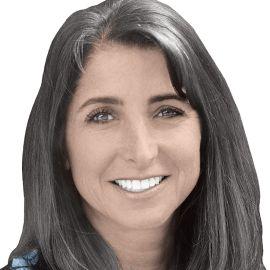 Lisa Tanzer Headshot