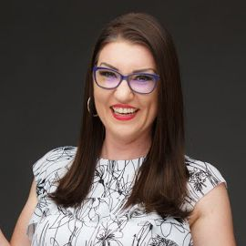 Jenn Herman Headshot