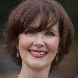 Janine Turner Headshot