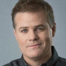 Greg Warren Headshot