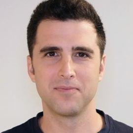 Yonatan Sela Headshot