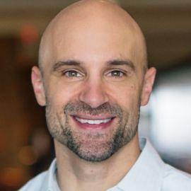 Mike Guzzardo Headshot