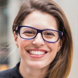 Michelle Poler Headshot