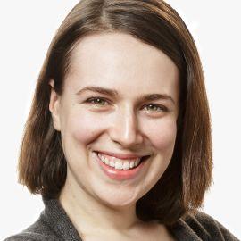 Tania Luna Headshot