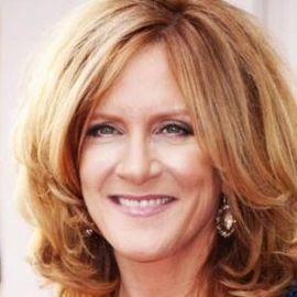 Carol Leifer Headshot