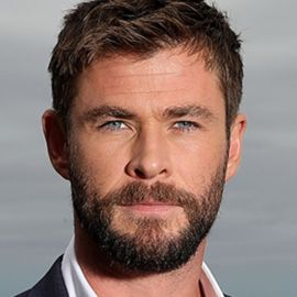 Chris Hemsworth Headshot