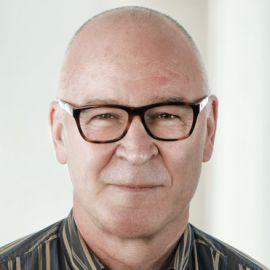 Gavin Dykes Headshot