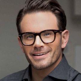 Seth Mattison Headshot