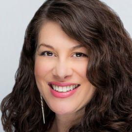 Lauren Aguilar Headshot