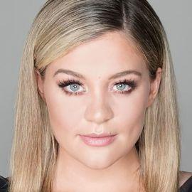 Lauren Alaina Headshot