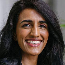 Ayesha Khanna Headshot